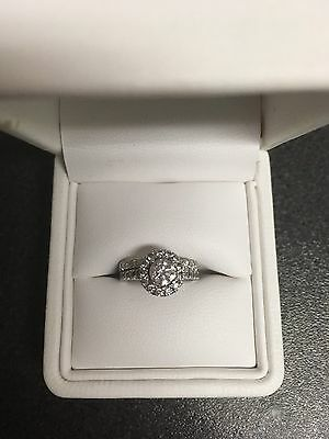 Wedding ring and engagement ring diamond with GIA certificate