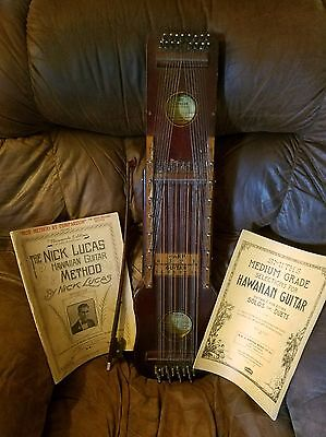 Ukelin Hawaiian Musical instrument by the Hawaiian Art Violin Comp.N.J. w/books