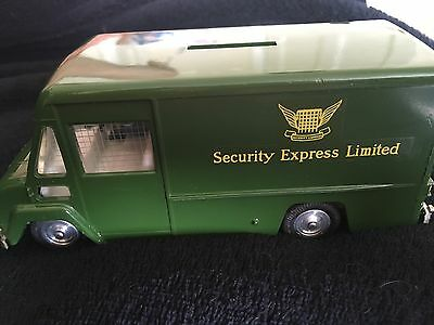 spot on 273 commer security express van