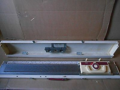 Brother Kh-230 Chunky Knitting Machine - (Parts Missing).