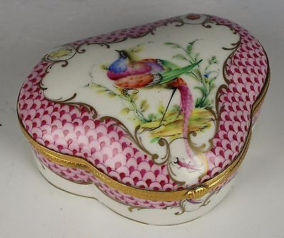 Antique top quality hand painted Porcelain Box with Bird WorldWide