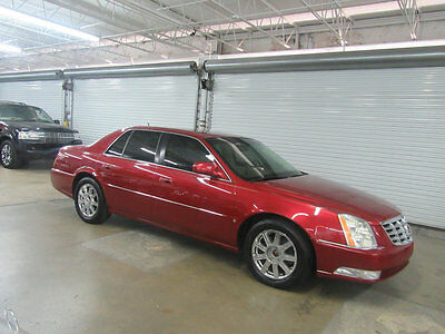 2008 Cadillac DeVille  81,000 MILES STUNNING NONSMOKER FLORIDA GARAGE KEPT COLD WEATHER PACKAGE ++++