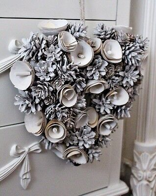 White Pine cone Heart Wreath Wooden Roses Christmas Door Wall Decoration Art