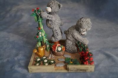 """Me to You  figurine """"Green Fingers""""  NEW"""