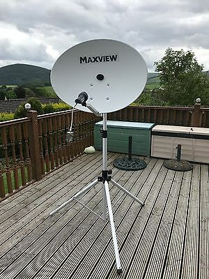 Maxview Portable Satellite System Dish and Digital Receiver,
