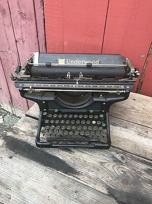 1930s Underwood Manual Typewriter 14 Home Decor Antique Industrial Rare Display