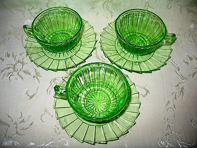 """Jeannette Glass Co. GREEN Depression Glass, """"Pinwheel"""" Pattern 3 Cups & Saucers"""