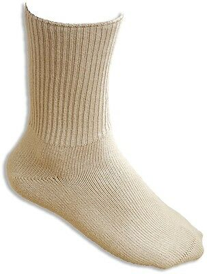 Feet Retreat Seamless Sensitivity Socks. Size 10-13. Beige.