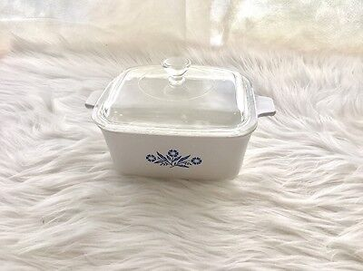 Corning Ware Blue Cornflower Casserole Dish With Glass Lid 7 1/2 in. by 6 in.