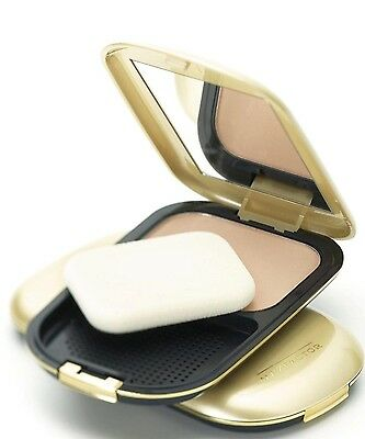 Max Factor By Ellen Betrix Facefinity & Permawear Compact Make Up. 03 Natural X