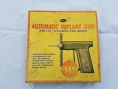 Vintage Pfizer Automatic Implant Gun. Ranch Antique - Rare & With Box!