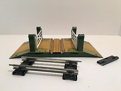 Hornby Trains No.1 Level Crossing O Gauge Made In England
