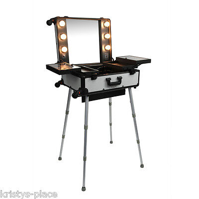 Glammar Portable Makeup Cosmetic Beauty Station With Lights Silver New!!!!