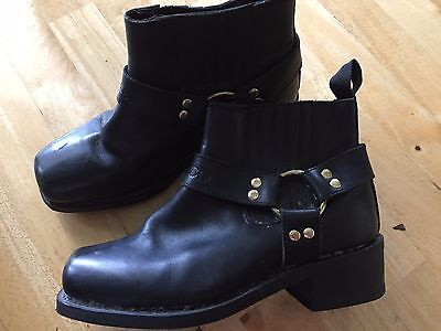 "RJAYS ""rebel"" short motorcycle boots size 8"