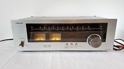 Toshiba Stereo Tuner ST-230 in full working order