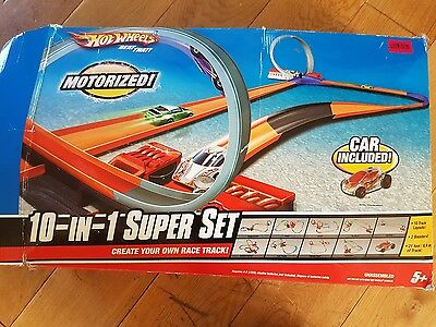 Hot Wheels Motorized 10-in-1 Super Set Race Track, Batteries & Car Inc.