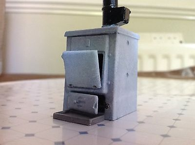 Dolls House 12 Scale Phoenix DH151 Domestic Boiler Painted Looks So Realistic