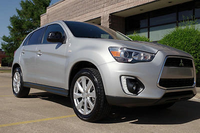 2015 Mitsubishi Outlander Sport SE Sport Utility 4-Door 2015 Mitsubishi Outlander Sport SE 4x4, Leather, Heated Seats, HAIL DAMAGE!
