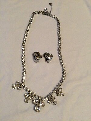Vintage Retro Costume Jewellery Necklace & Matching Earrings