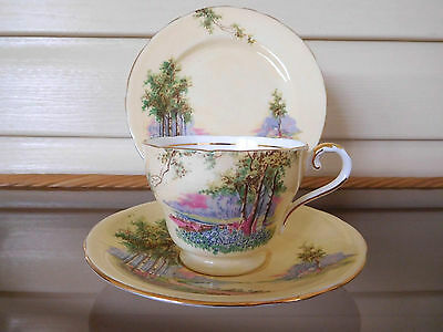 """Aynsley """"Bluebell Time"""" Trio C493 Made In England Mint Condition"""