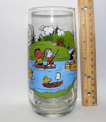 Camp Snoopy Peanuts collectible McDonalds glass tumbler; Charlie Brown, Snoopy