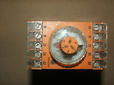 Schleicher Industrial Controls Motorised control  Process timer 230vac 1s - 10h
