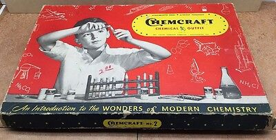 EARLY VINTAGE CHEMCRAFT CHEMISTRY SET No.2   INSTRUCTIONS  INCLUDED