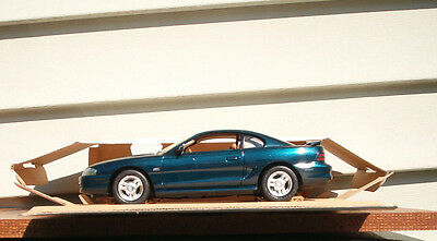 AMT/Ertl Ford 1995 Mustang GT Promo Model Deep Forest Green 1:25 scale