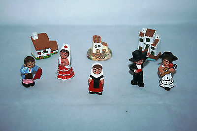 Vintage Collection of 70's Spanish Clay /Mud Figures And Houses