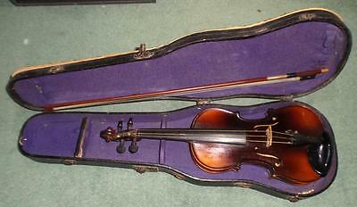 Vintage / antique 1/2 size VIOLIN with bow & case