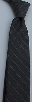 Brooks Brothers Gray Striped skinny Silk tie Made in USA from imported fabric
