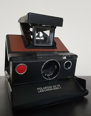 ICONIC Polaroid SX-70 Land Camera Model 3 Instant Camera  *Vintage*Rare*