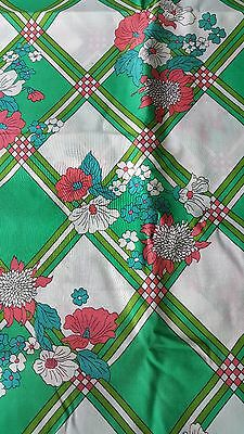 """Vintage Woven Fabric Green&White Diamonds W.Pink &Blue Flowers 45"""" x 4Yd"""