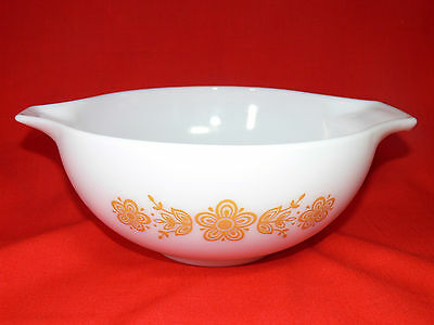 VINTAGE PYREX Cinderella Mixing Bowl BUTTERFLY GOLD Series USA 1972-1981 - RETRO