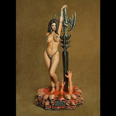 Hollywood Collectibles Guardian Girl Heavy Metal 1:4 Statue Not Sideshow New