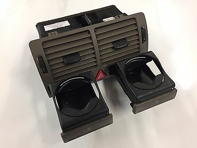 Audi A2 Front centre dash vent with cup holders BEIGE
