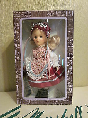 "Hungary 1110 - Effenbee 11"" International Doll"