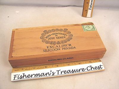 "Hoyo De Monterrey Wood Cigar Box Excalibur English Claro 8 1/4"" X 3 5/8"" X1 3/8"""