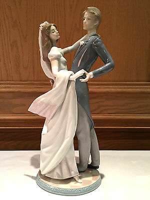 "Lladro Figurine - #1528 Bride & Groom 14,5"" Tall,i Love You Truly, $1,200 Retail"