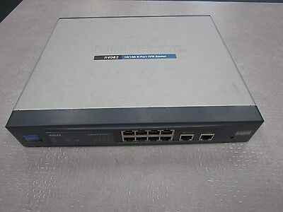 Linksys RV082 100 Mbps 8-Port 10/100 Wired VPN Router