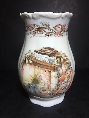 Royal Doulton BRAMBLY HEDGE VASE - Winter - 1st Quality
