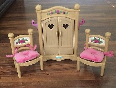 Fisher Price Briarberry Furniture Wardrobe and 2 Chairs With Cushions