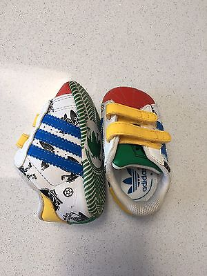 Genuine baby Adidas Crib Shoes, To Fit 0-3 Months Approx
