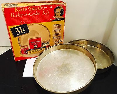 Rare Kate Smith Bake a Cake Kit! Swans Down flour Probably from the 50s W/ PANS