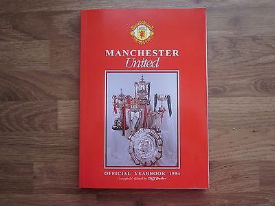 MANCHESTER UNITED OFFICIAL YEARBOOK 1994 (No 8)