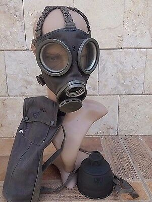 ORIGINAL WWII SWEDEN SWEDISH GAS MASK w/ BAG and EXTRA FILTER