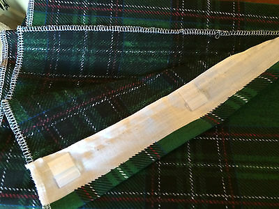 Caravan awning curtains GREEN CHECK    74 cm x 140 cm pole and  J clip set of 8