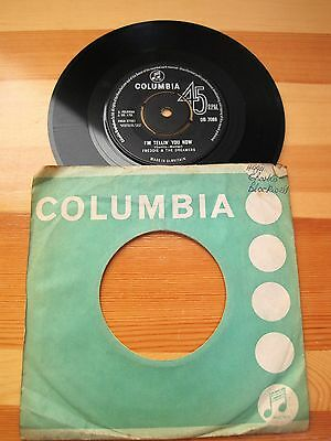 """I'm Tellin' You Now   Freddie & The Dreamers  7"""" Single Columbia Label"""