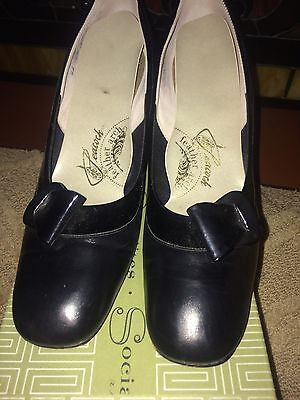 VINTAGE Peacock feather arch BLACK LEATHER PUMPS HI HEEL SHOES WOMENS SIZE 9AA