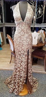 $2800 - NEW Bronze Beaded Claire's Collection Gown, Size 4